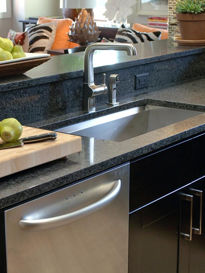 Tips For Choosing The Best Kitchen Sink And Faucet For Your Home